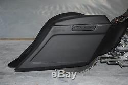 Harley bagger 6 stretched bags and fender street glide road king ultra classic